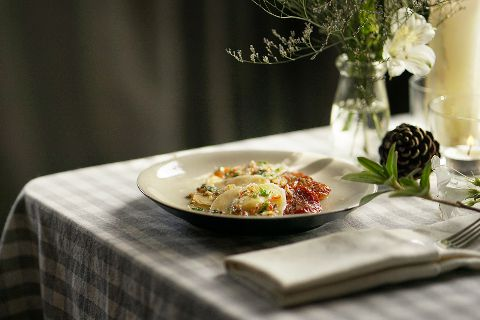 Sun-dried Tomato and Feta Cheese Ravioli with Roasted Chilies